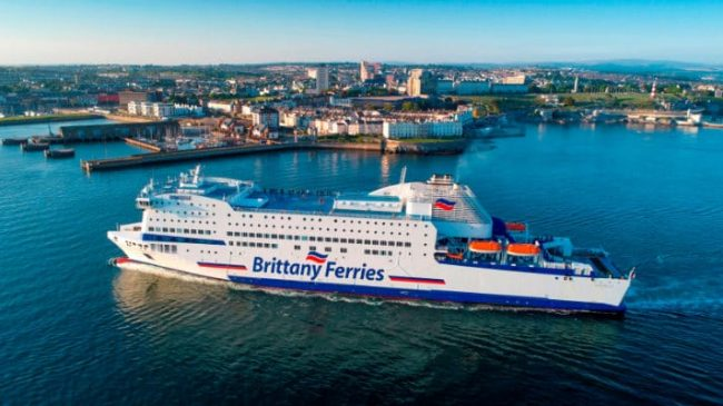 Best time to book a ferry to France